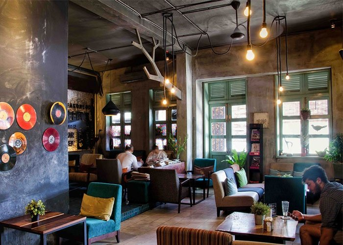 phong cách trang trí quán cafe cổ điển